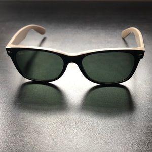 Ray-ban: Two-tone wayfarer sunglasses
